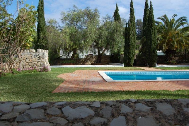 Вилла в Алгарве, Португалия, 2638 м2 - фото 1