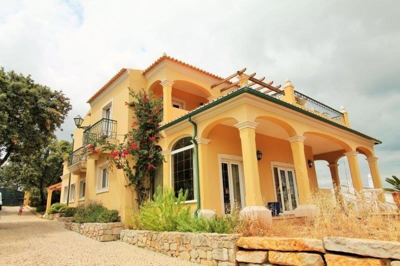Вилла в Алгарве, Португалия, 2200 м2 - фото 1