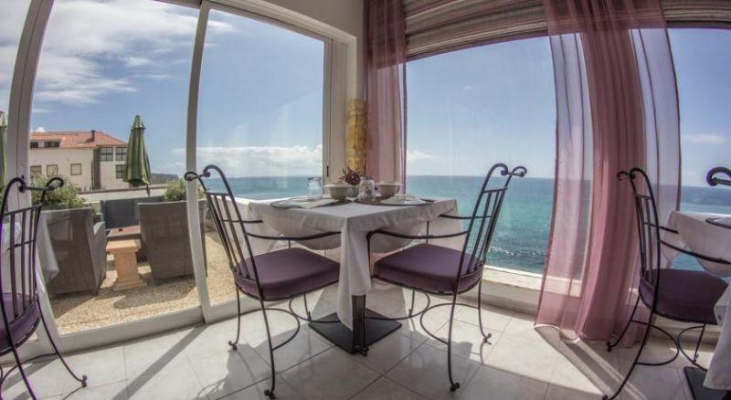 Отель, гостиница в Синтре, Португалия - фото 1