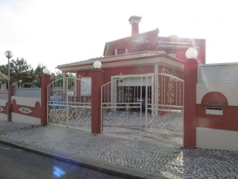 Дом в Албуфейре, Португалия, 850 м2 - фото 1