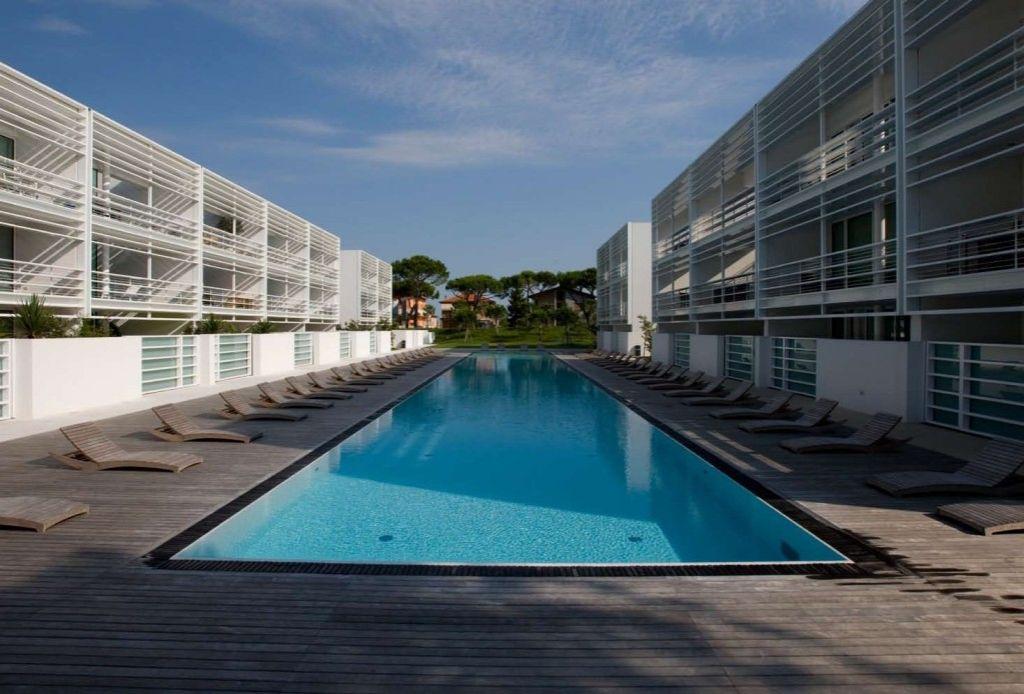 Апартаменты в Лидо ди Езоло, Италия, 100 м2 - фото 1