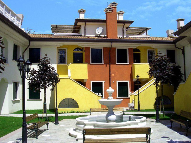 Апартаменты в Лидо ди Езоло, Италия, 50 м2 - фото 1