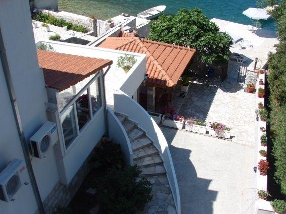Доходный дом Коштаница, Черногория, 300 м2 - фото 1
