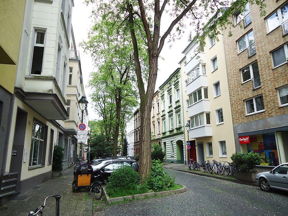 Доходный дом в Дюссельдорфе, Германия, 615 м2 - фото 1