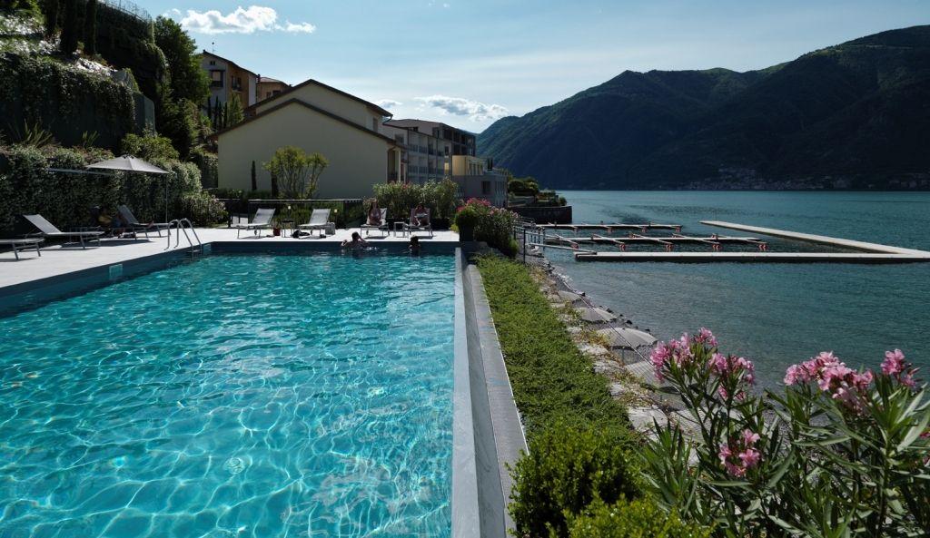 Апартаменты у озера Комо, Италия, 74 м2 - фото 1