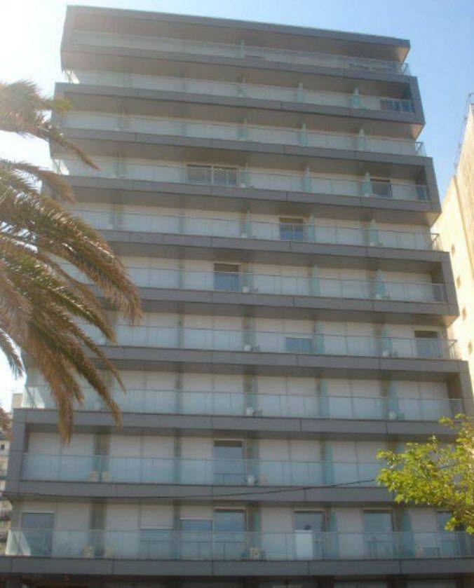 Доходный дом в Барселоне, Испания, 3500 м2 - фото 1