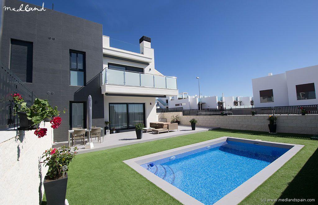 Апартаменты в Сьюдад-Кесада, Испания, 70 м2 - фото 1