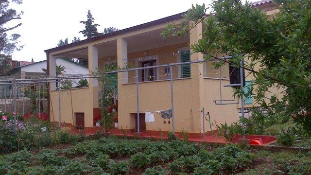 Дом в Пуле, Хорватия, 1000 м2 - фото 1
