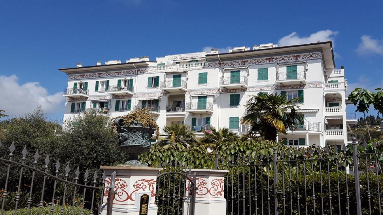 Квартира в Бордигере, Италия, 269 м2 - фото 1