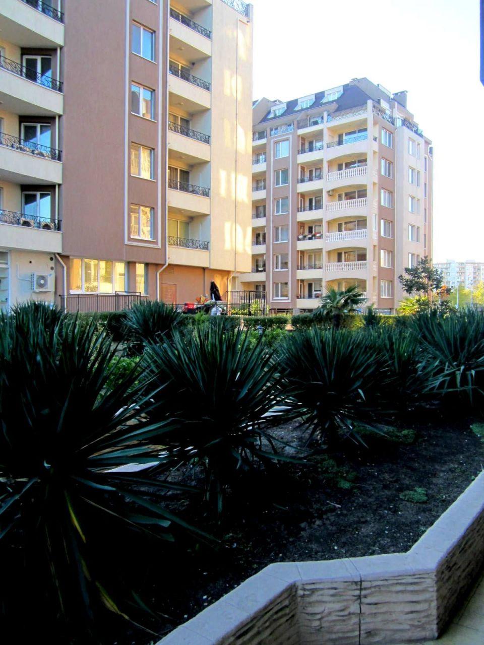 Апартаменты в Бургасе, Болгария, 55 м2 - фото 1