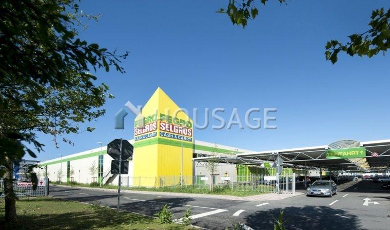 Магазин в Бранденбурге, Германия, 15500 м2 - фото 1