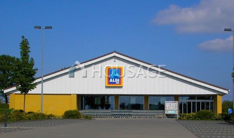 Магазин в Саксонии, Германия, 1420 м2 - фото 1