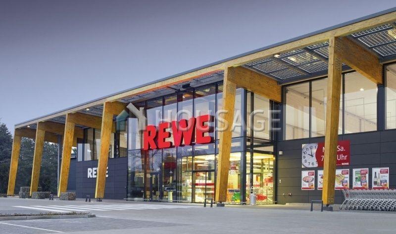 Магазин в Гессене, Германия, 1600 м2 - фото 1