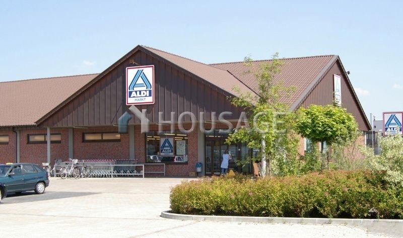 Магазин в Саксонии, Германия, 1040 м2 - фото 1
