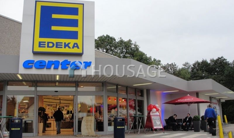 Магазин в Нижней Саксонии, Германия, 3491 м2 - фото 1