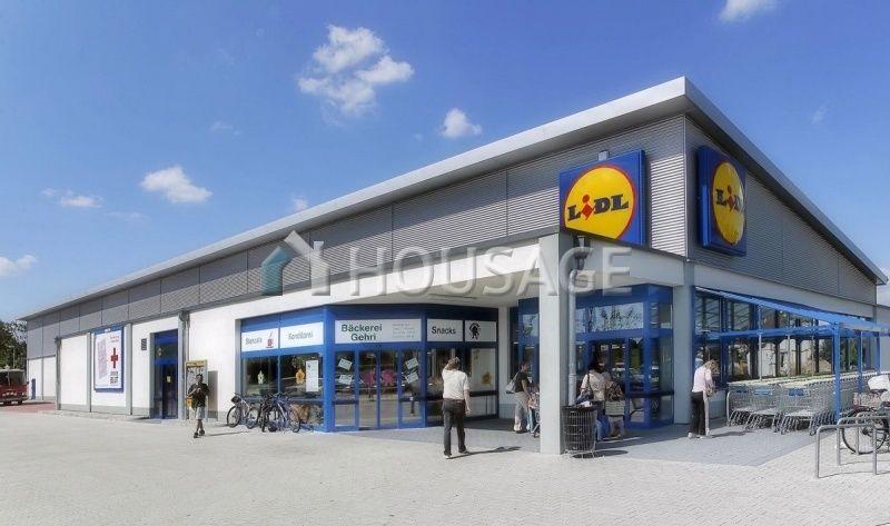 Магазин в Саксонии-Анхальт, Германия, 2843 м2 - фото 1