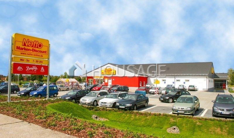 Магазин в Бранденбурге, Германия, 1086 м2 - фото 1