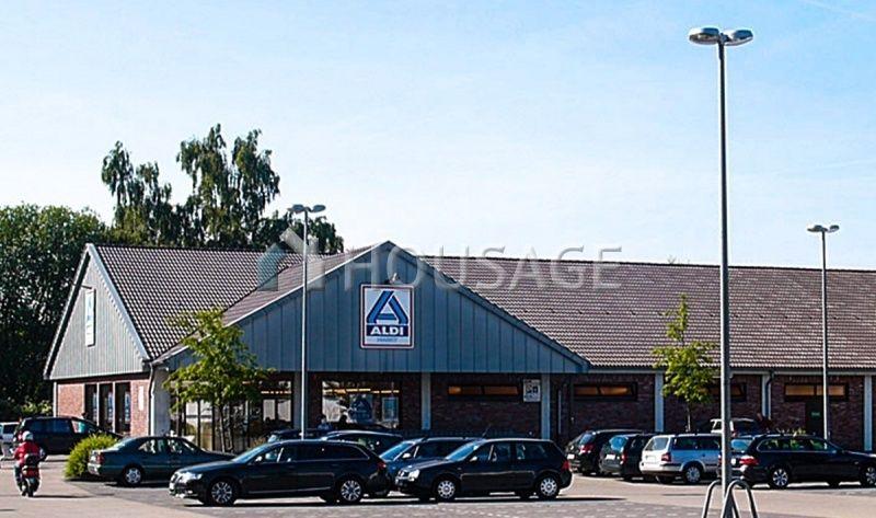 Магазин в Саксонии, Германия, 974 м2 - фото 1