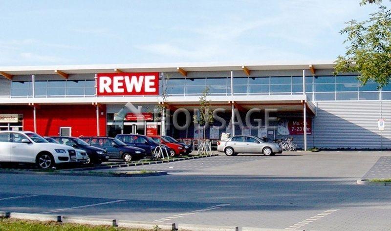 Магазин в Мекленбурге-Передней Померании, Германия, 5009 м2 - фото 1