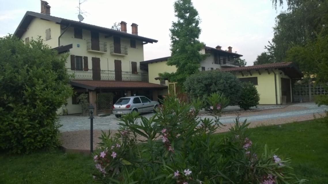 Вилла в Пьемонте, Италия, 400 м2 - фото 1