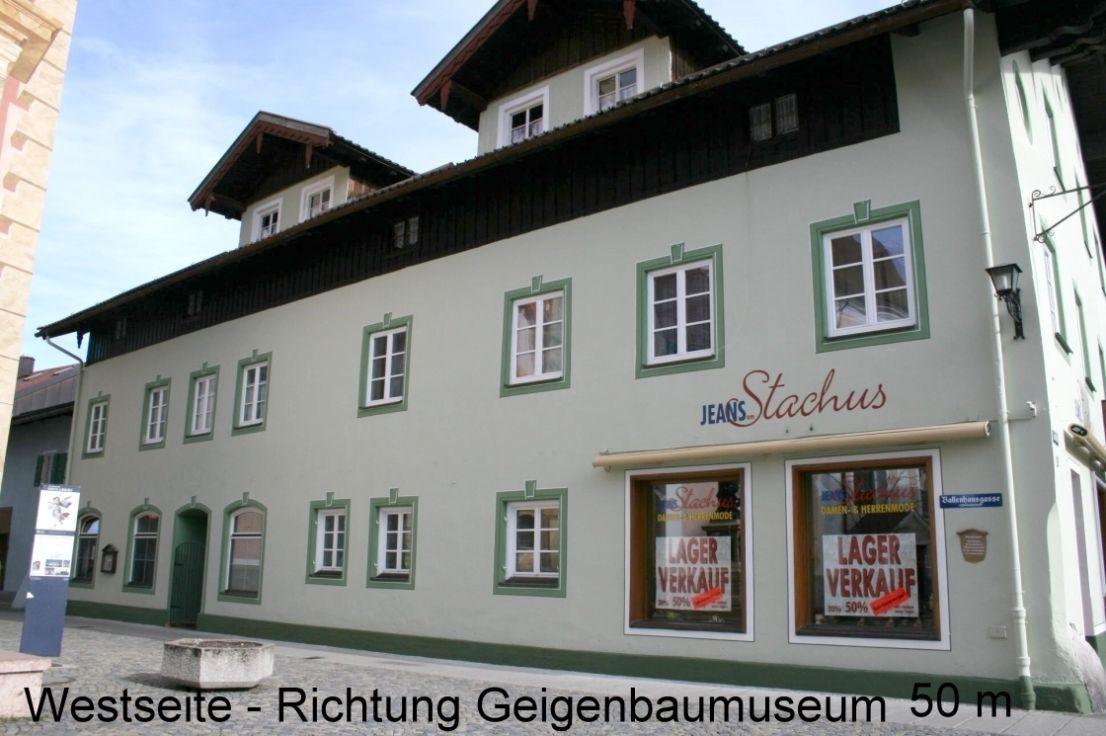 Доходный дом в Южной Баварии, Германия, 1180 м2 - фото 1