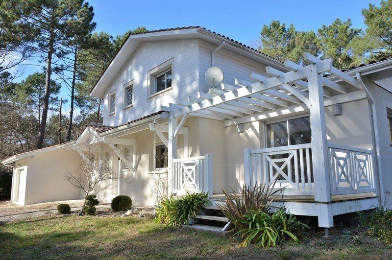 Дом в Аквитании, Франция, 175 м2 - фото 1