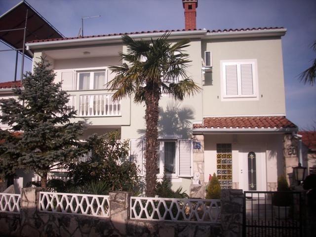 Дом в Пуле, Хорватия, 587 м2 - фото 1