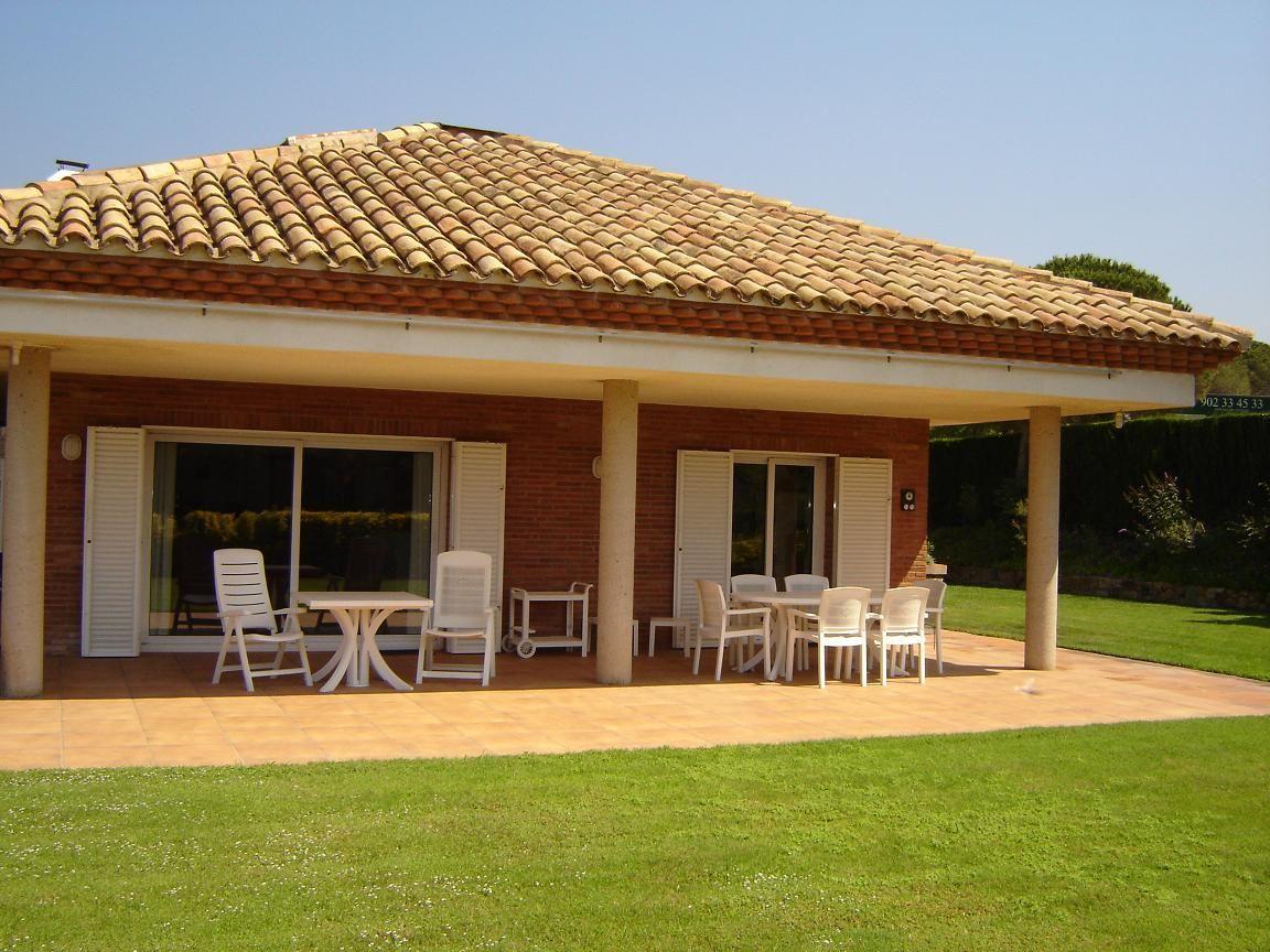 Дом в Сант-Висенц-де-Монтальт, Испания, 650 м2 - фото 1