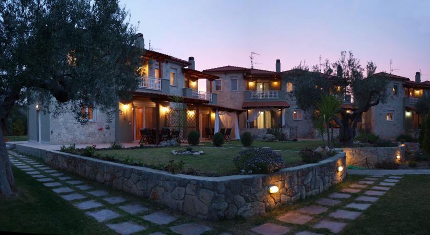 Отель, гостиница в Халкидики, Греция, 4000 м2 - фото 1