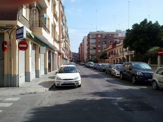 Коммерческая недвижимость в Валенсии, Испания, 160 м2 - фото 1