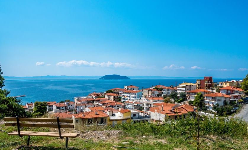 Prices in the island Sithonia for housing in rubles