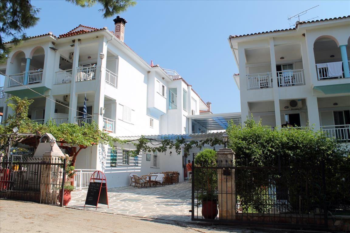 Отель, гостиница Халкидики-Ситония, Греция, 1500 м2 - фото 1