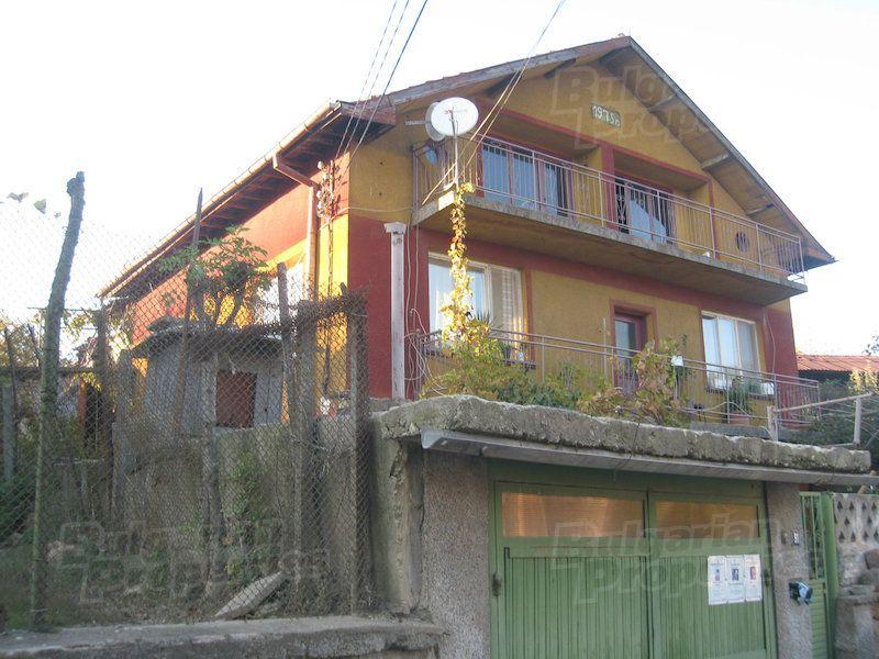 Дом в Софии, Болгария, 215 м2 - фото 1