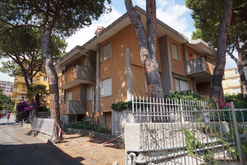 Квартира в Сан-Ремо, Италия, 75 м2 - фото 1