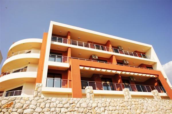 Квартира в Добра Воде, Черногория, 46 м2 - фото 1
