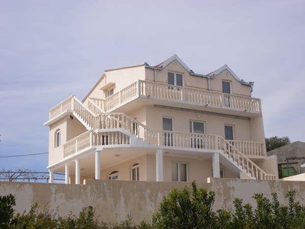 Отель, гостиница на полуострове Луштица, Черногория, 210 м2 - фото 1