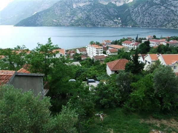 Земля в Рисане, Черногория, 425 м2 - фото 1