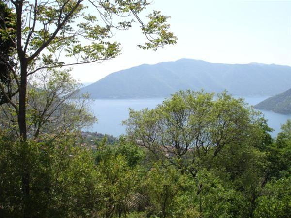 Земля в Рисане, Черногория, 6165 м2 - фото 1