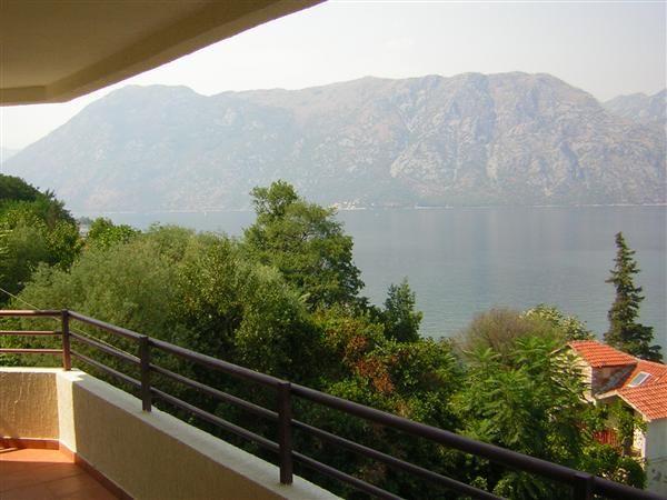 Квартира в Прчани, Черногория, 67.88 м2 - фото 1