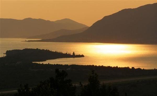 Земля в Тивате, Черногория, 500 м2 - фото 1