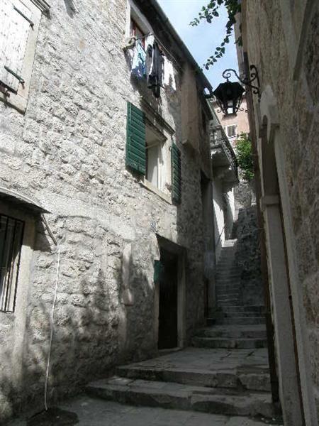 Квартира в Которе, Черногория, 100 м2 - фото 1
