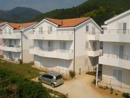 Квартира в Биеле, Черногория, 85 м2 - фото 1