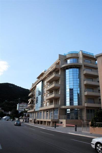 Квартира в Бечичи, Черногория, 92 м2 - фото 1