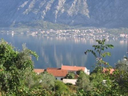 Земля в Прчани, Черногория, 798 м2 - фото 1