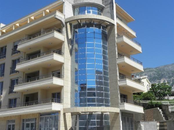 Квартира в Бечичи, Черногория, 61 м2 - фото 1