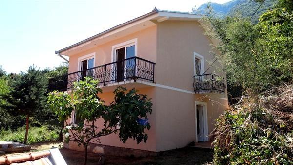 Дом в Прчани, Черногория, 415 м2 - фото 1