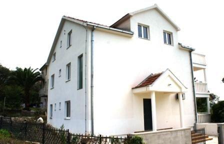 Квартира в Тивате, Черногория, 56 м2 - фото 1
