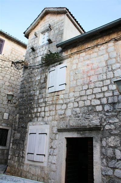 Дом в Перасте, Черногория, 105 м2 - фото 1