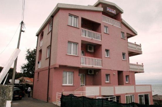Отель, гостиница в Добра Воде, Черногория - фото 1