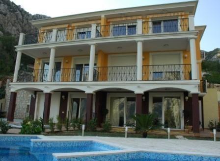 Квартира в Ораховаце, Черногория, 150 м2 - фото 1